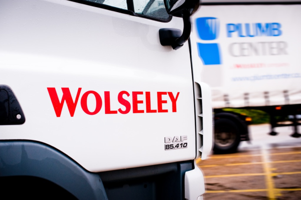 Wolseley UK is organised into several trading brands and provides a daily delivery service to almost 800 retail outlets from its distribution centres.
