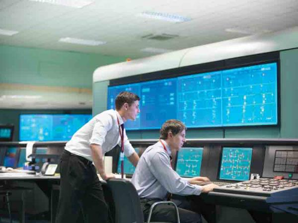 "Emergency service control centres can sift through vast quantities of data very quickly and ""cut through the noise"" using analytics from SAS."