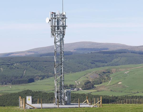 "After working ""tirelessly"" with local authorities, O2 says Staylittle now has its first permanent 4G mobile mast."