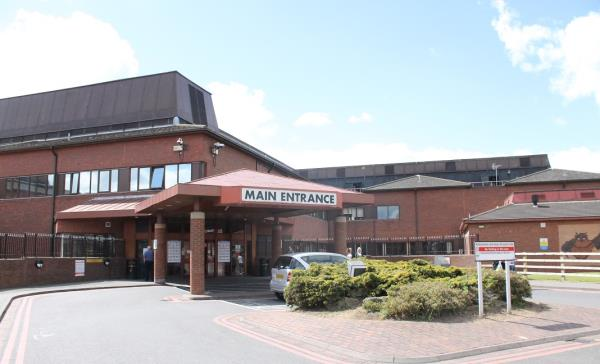 The IT team from the United Lincolnshire Hospitals NHS Trust maintain two sites featuring virtualised appliances from Pulse Secure.