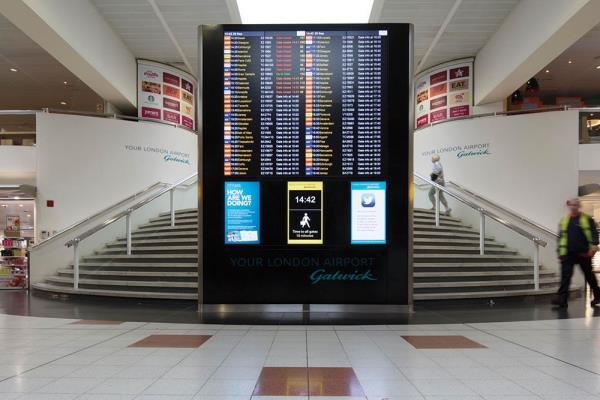 The airport's 1,200 cloud-based screens now connect via a web browser from any operating system.