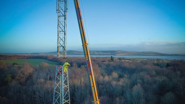 Wireless Infrastructure Group worked in partnership with O2 on a 50 metre tower that's designed to enable around three times the 4G signal range compared to a traditional mast.