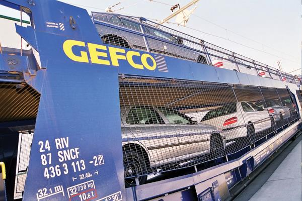 GEFCO Group needed a network to support its many operational sites which manage the daily departure and arrival of goods on trucks and trains.